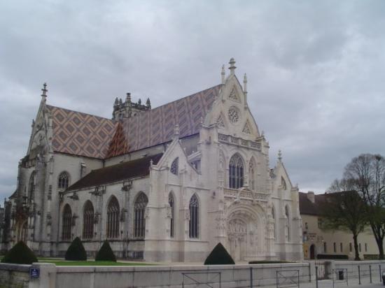 Côté Sud Ouest de l'église de Brou